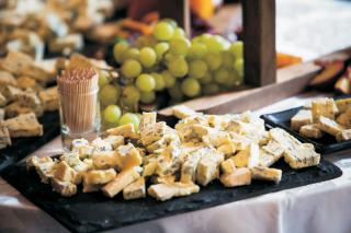 Best of British Artisan Cheese & International Wines
